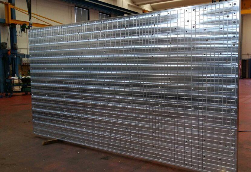 Piano aspirante di alluminio per macchine utensili