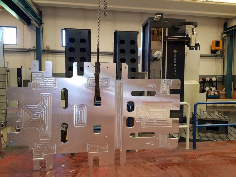 Tavola di Alluminio per impianto ribordatore